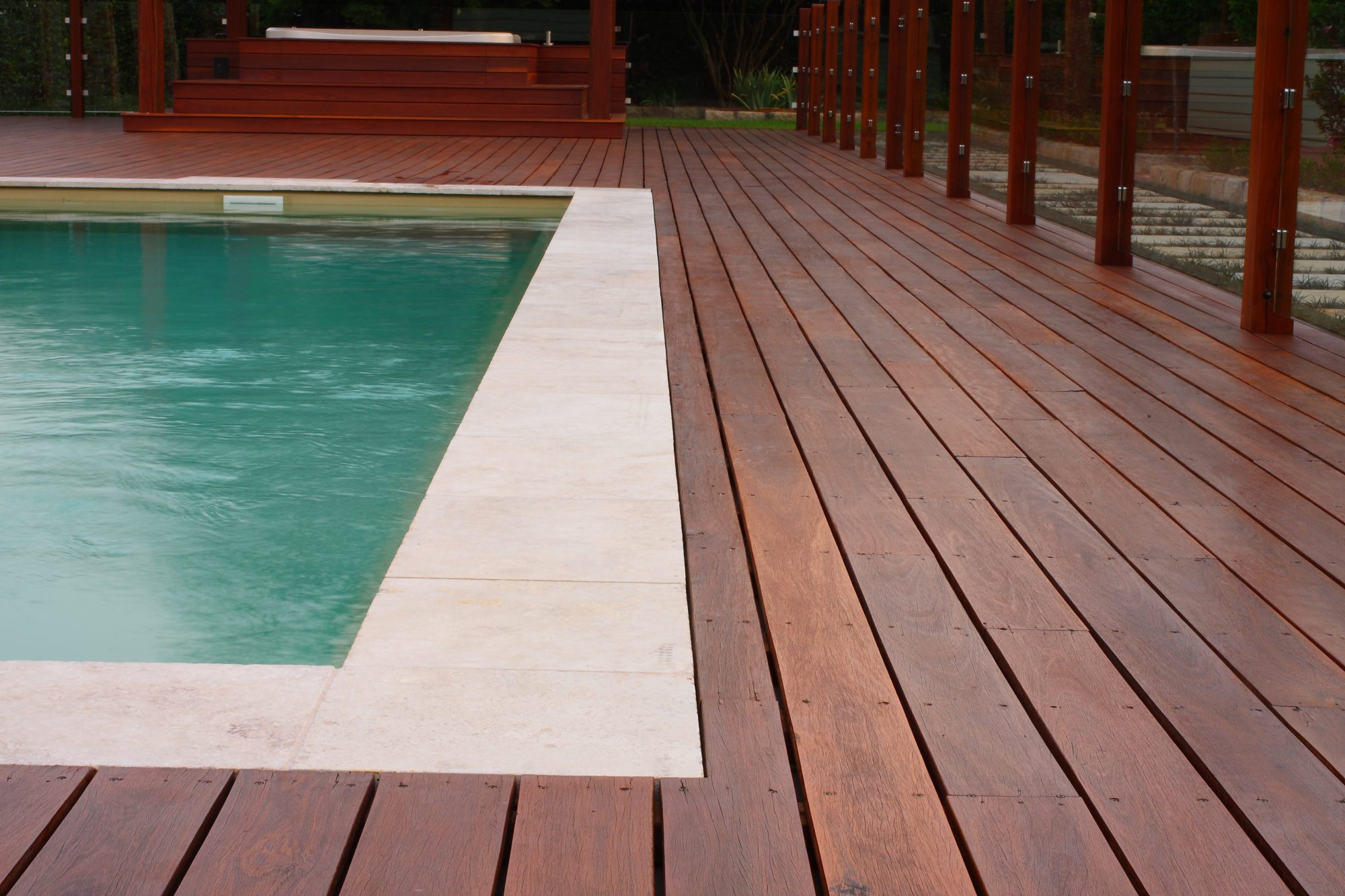 Sikkens slip resistant coated decking around the pool