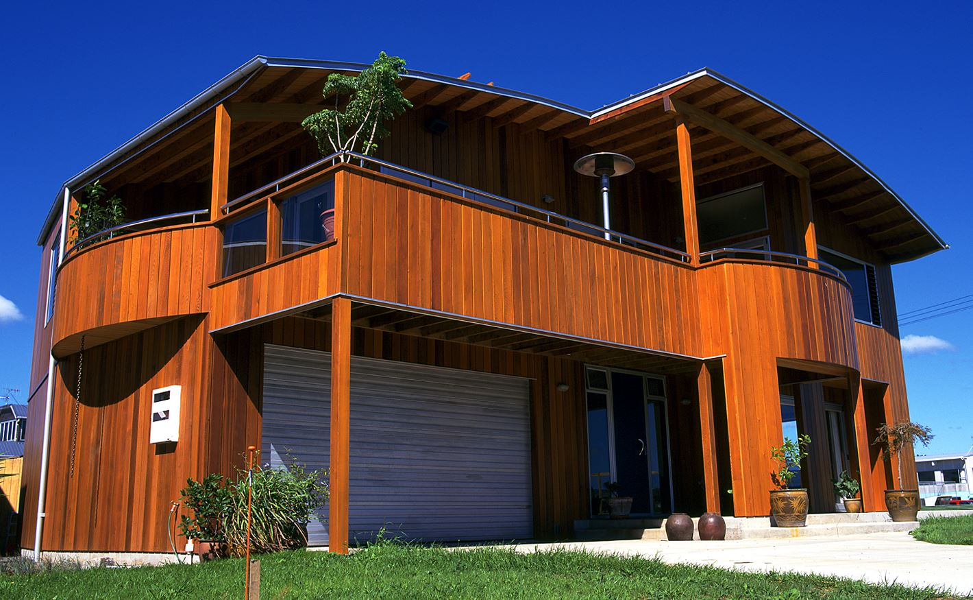 Protect exterior timber cladding with Sikkens wood stain options