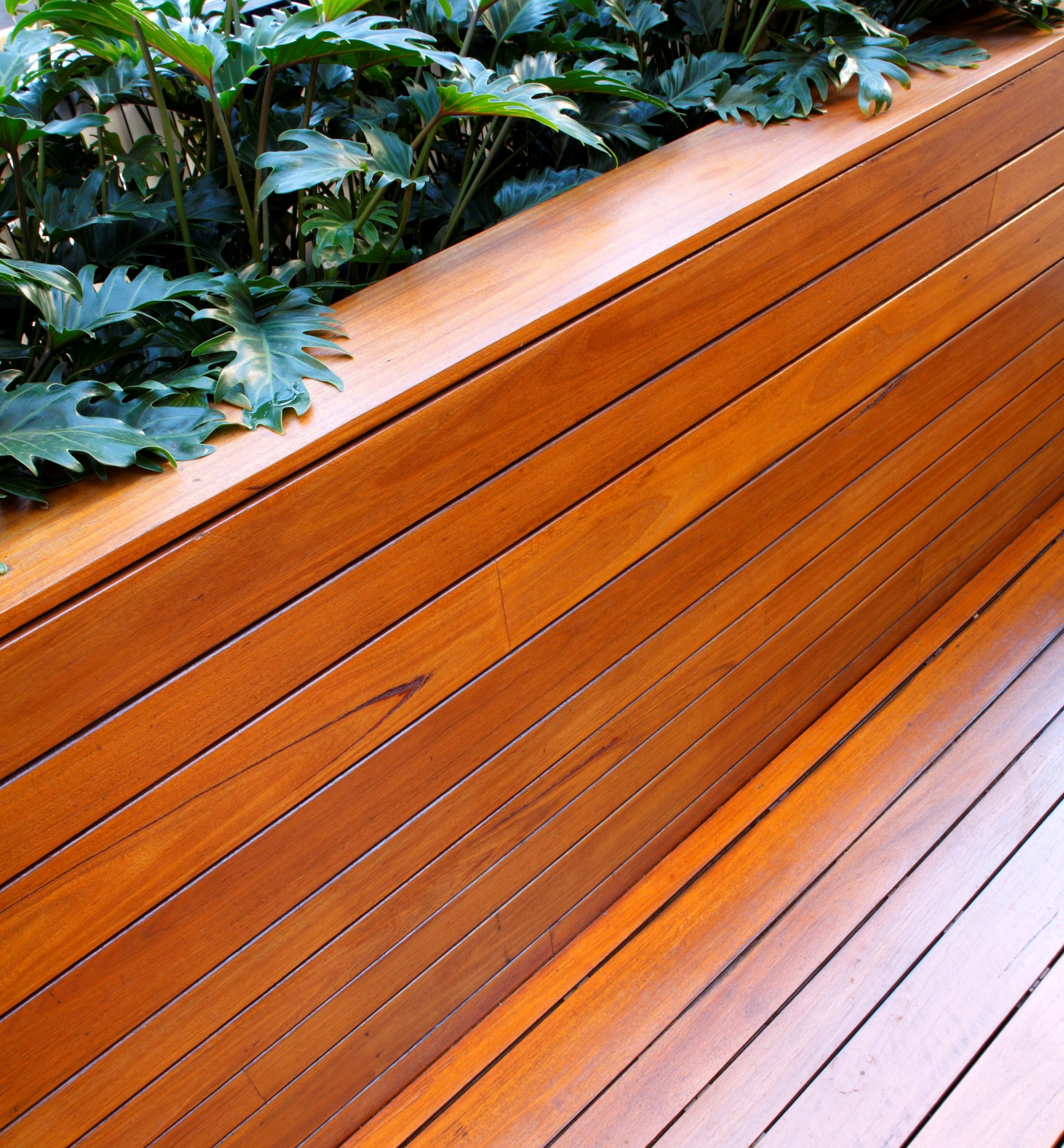 Uplift your outdoor timber with Sikkens wood stain products