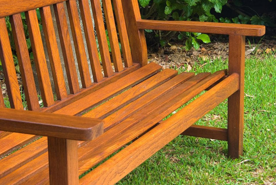 Outdoor timber bench restored with Sikkens timber stains