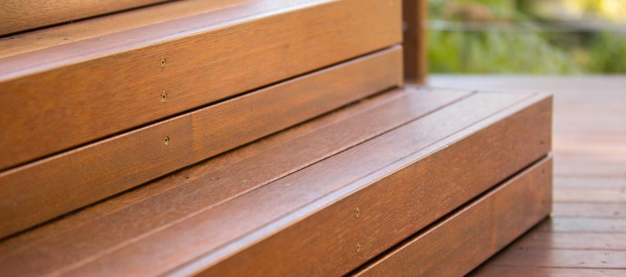 Sikkens premium timber stain