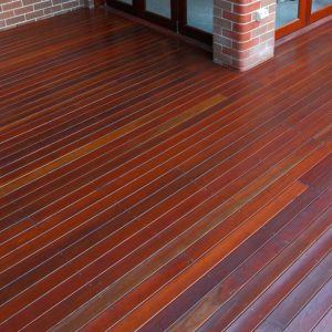 Rejuvenate your outdoor decking with Sikkens wood stain products
